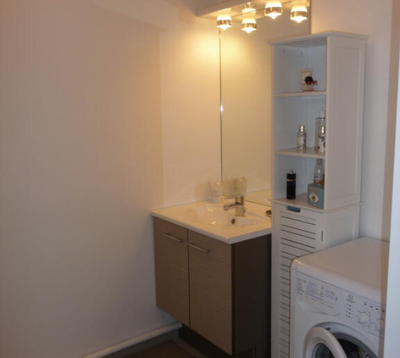 appartement-a-louer-dinard-13996279_6_1566314284_6574241af7c6b44a944ca504d427528c_crop_686-515_