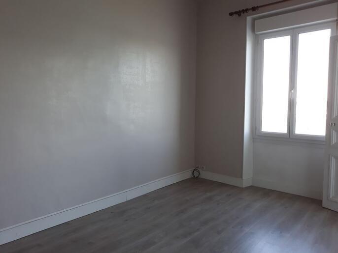 appartement-a-louer-dinard-14090487_4_1562943124_5141defdf1456fbb900b4b5b6d70341c_crop_686-515_