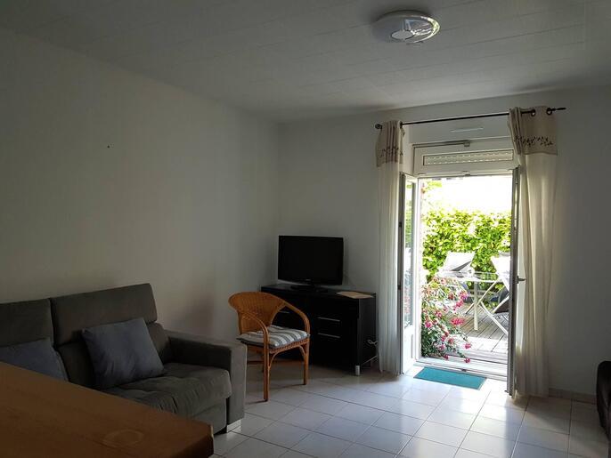 appartement-a-louer-dinard-centre-ville-14086824_0_crop_686-515_