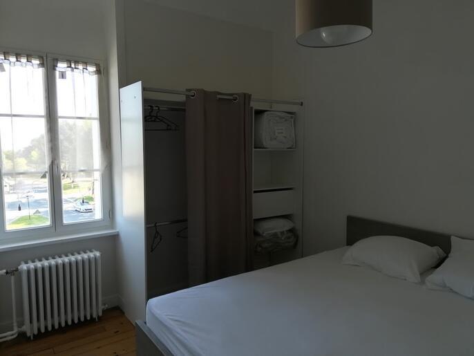 appartement-a-louer-dinard-gare-la-saudrais-la-vicomte-14143495_2_1564910080_e63c8c998946d3c579fb3082fcaded22_crop_686-515_